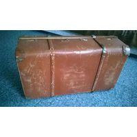 Чемодан ГДР большой кожаный.( Гросгермания) под востановление 80х45х25 см