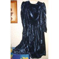 Платье для королевы велюровое р. 46-48