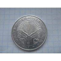 Джибути 5 франков 1991г.km 22