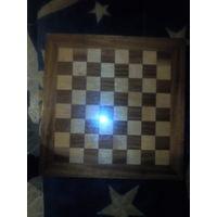Столешница шахмотная доска от стола  часть дсп на 50 см.