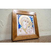 Икона Казанской Божией Матери на природном камне. Икона Казанской Богоматери