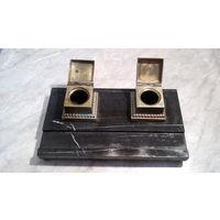 Старинный немецкий письменный прибор из натурального камня с двумя чернильницами