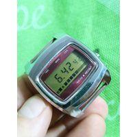 Часы электроника 5-202 отличное состояние