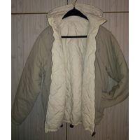 Куртка двухсторонняя р.48, капюшон отстегивается .