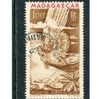 Мадагаскар. Французская колония. Авиапочта. Аллегория