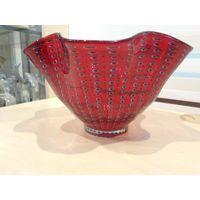 Торги ,без МЦ!! Большая ваза из красного стекла !!!