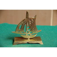 Кораблик  ( латунь )