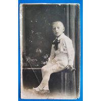 Фото мальчика. 1930-е. 8х13 см
