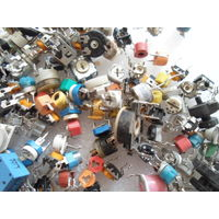 Подстроечные резисторы импортные ассорти по 5 коп.