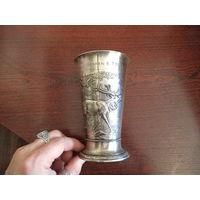 Немецкий кубок 1924 года. серебро 900-той пробы. 224 грамма.