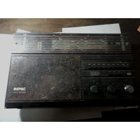 Радиоприемник ,,Верас РП-225,,под реставрацию.Старт с 2-х рублей без м.ц.Смотрите другие лоты,много интересного.