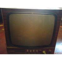 Телевизор черно-белый Весна