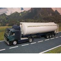 Модель грузового автомобиля Mercedes-Benz (20). Масштаб HO-1:87.