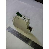 Автоматический выключатель 16 А.
