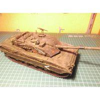 Модель танка C-1 Ariette , собранная и окрашенная, масштаб 1/35.