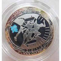 70 Великобритания 5 фунтов в оригинальной коробке, серебро.
