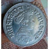 Княжество Барода. Рупия 1896 г. Торг.