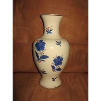 Большая старая ваза ММФЗ фарфор, высота 27 см