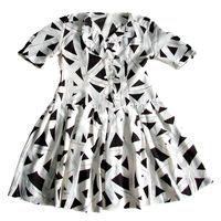Клёшное детское платье р-р 40-42, на рост 142-150см, б/у, в хорошем состоянии, без пятен и дыр, на ребенке сидит просто прекрасно