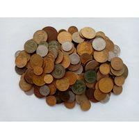 Более 250 монет ранних советов. Есть редкие, много билонов. С 1 копейки!