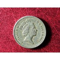Монета Elizabeth 2 D-G RED F D 1993 ONE POUND