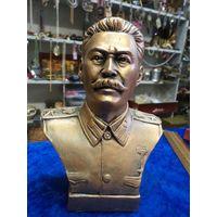 Сталин, 17 см.