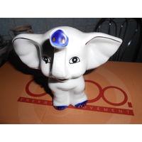 Статуэтка слон.
