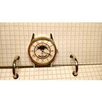 """Часы """"Луч лунник"""" не частые приличное состояние НА ХОДУ!!!"""
