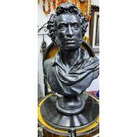 Бюст, Пушкин А.С.,1949 год, Монументскульптура, ск. Дыдыкин. Силумин, 39 см.