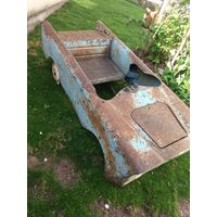Старая педальная машинка НЕВА (кузов) редкая.