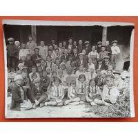 Фото участников первого пионерского слета. г.Данилов. Иваново-Вознесенская обл. РСФСР. 1930-е. 9х12 см