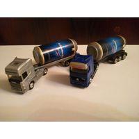 Модель грузовика с баночкой