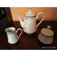 Новый чайный Фарфоровый сервиз на шесть персон из 21 предмета КНР.