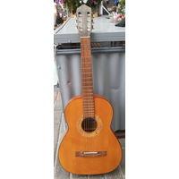 Гитара Кремона CREMONA шести струнная.