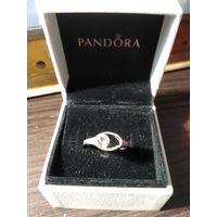 Женское кольцо бронза с покрытием сверху овал с зеркальным стразом.
