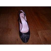 Женские туфли,р.39