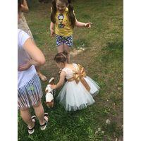 Красивое нарядное платье на 3-4 года