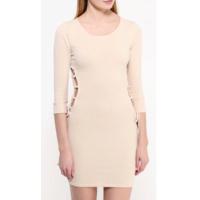 Красивое платье р-р 44, оригинальный фасон, цена снижена
