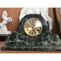Часы Агат в камне!