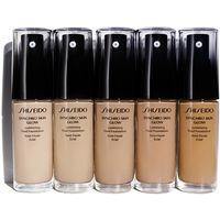 Тональная основа Shiseido Synchro Skin Glow