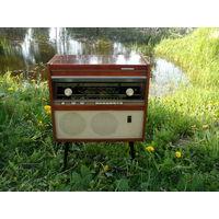 Радиола РИГОНДА 1967г в рабочем состоянии и хорошем сохране (домашняя)