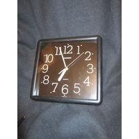 Часы Casio настенные