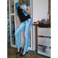 Новые классные джинсы для стройняшки, 40р