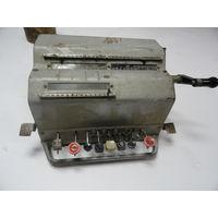 Счетная машина калькулятор СССР