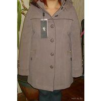 Красивое зимнее пальто, р-р 46-48, снизила цену